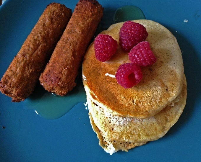 vegan pancakes and sausages