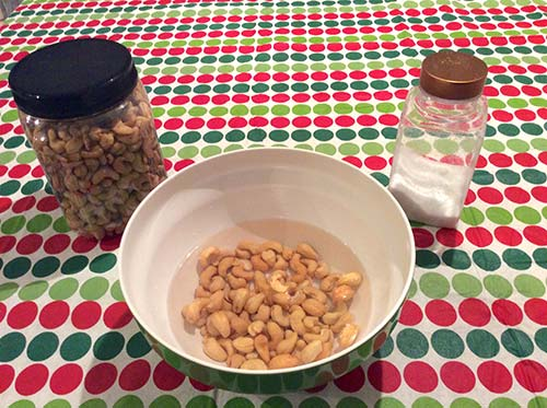 soaking cashew nuts
